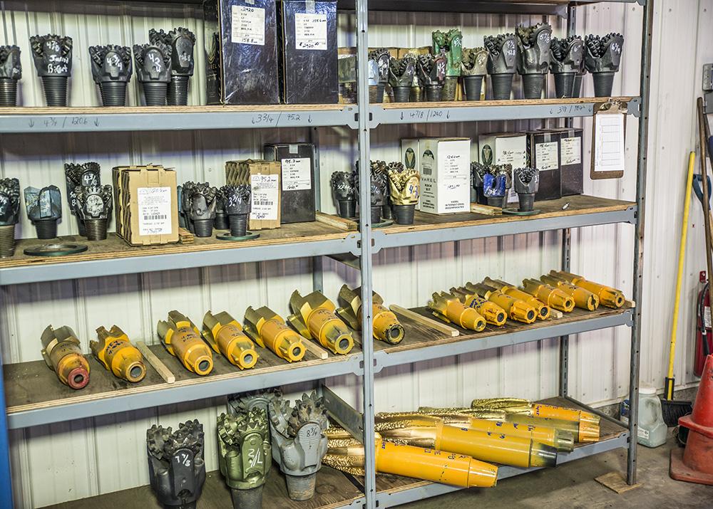 Various Sizes Drill Bits & Mills